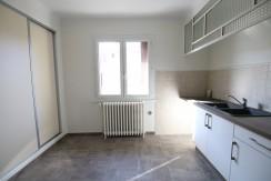 Carpentras : T3 spacieux avec garage