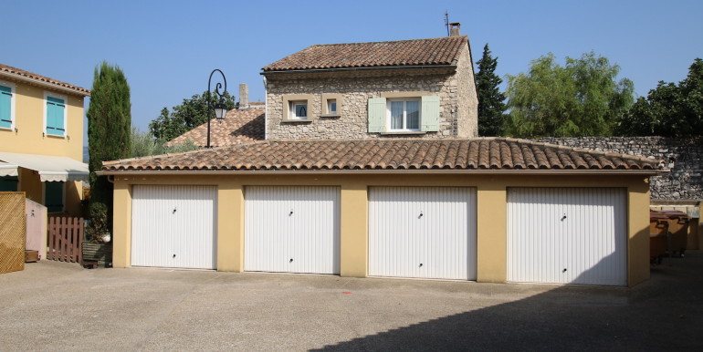 T3 avec garage Velleron