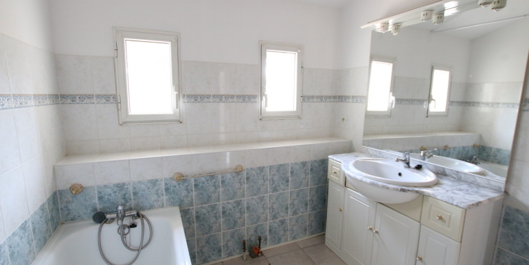 T3 avec garage salle de bain