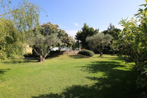 Batisse jardin