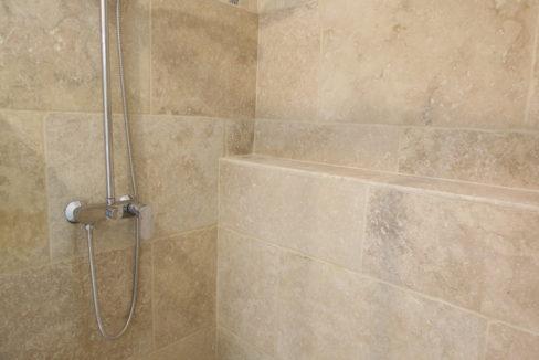 maison avec terrasse douche