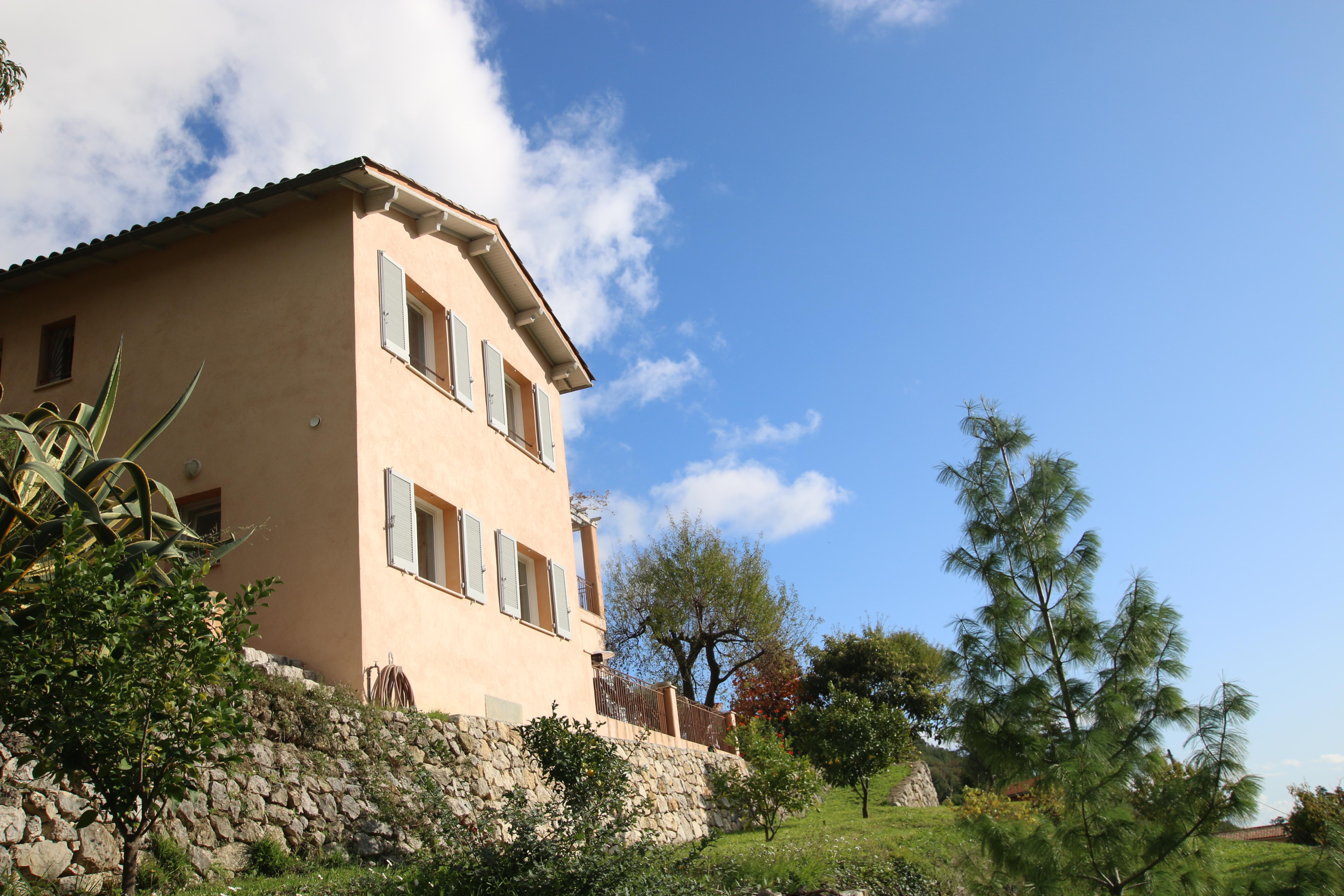 Castellar (06) : villa sur les hauteurs de Menton