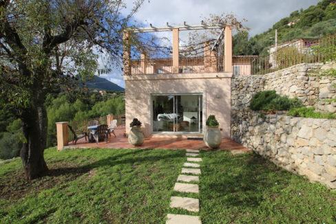 Castellar villa vue vers salon