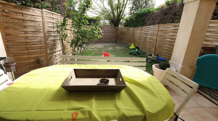 Carpentras T3 avec jardin vue terrasse
