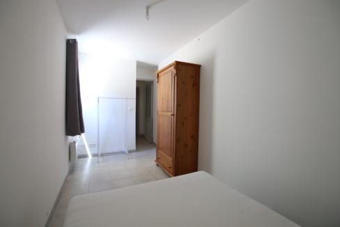 Malemort du Comtat T2 meublé chambre bis