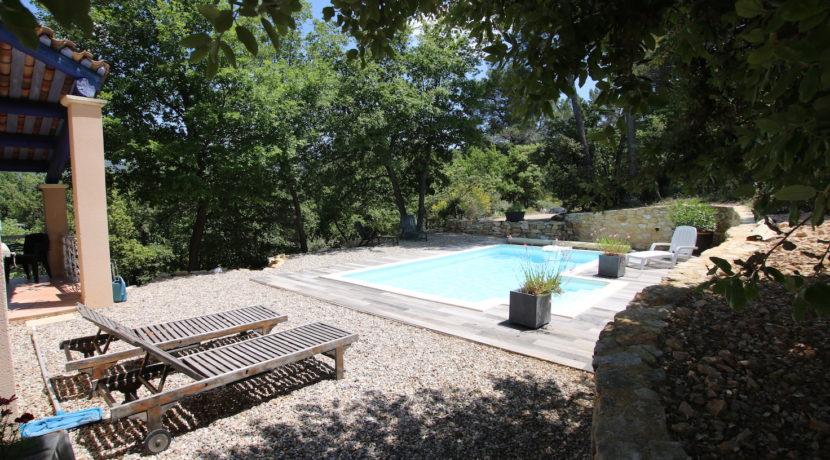 Malaucene maison piscine copie