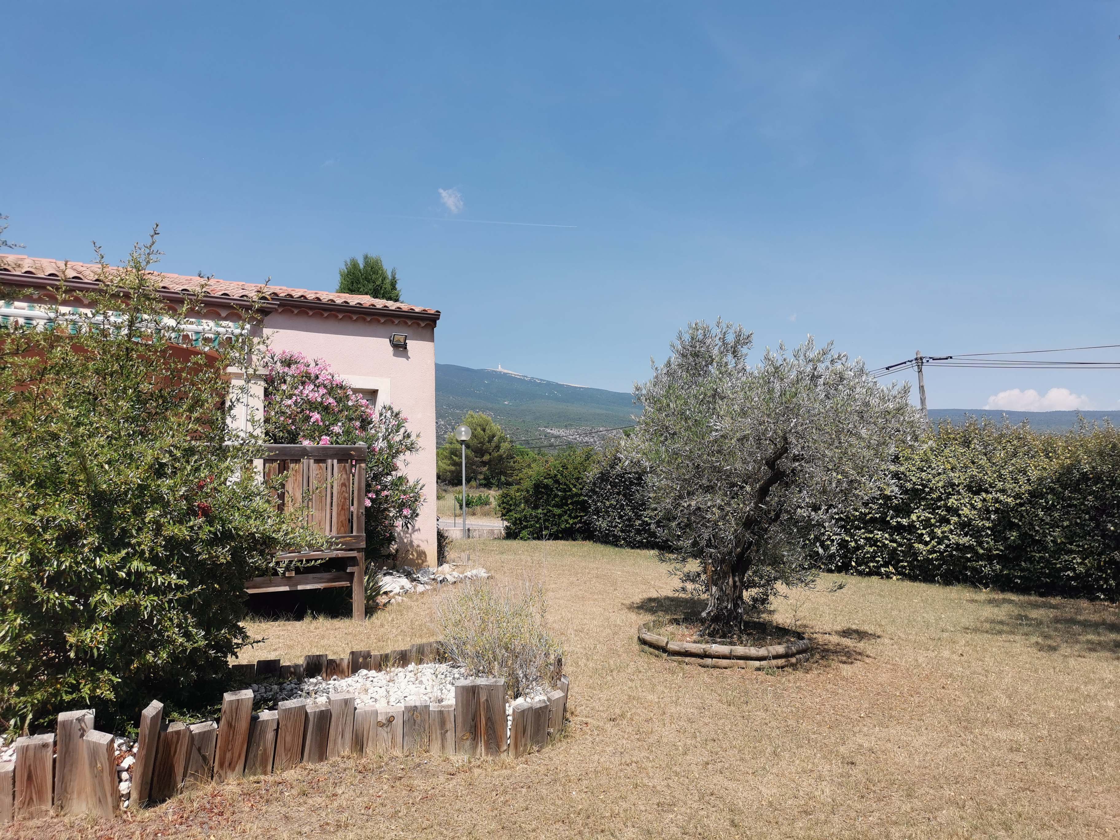 Bedoin : maison avec jardin et garage