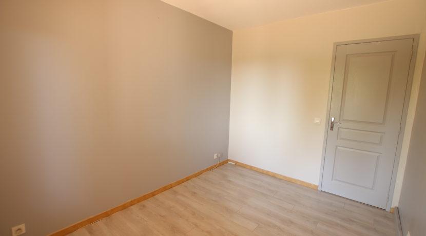 Bedoin maison_chambre 1