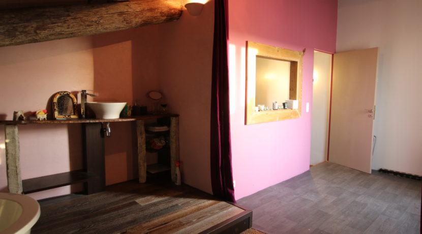 Mallemort maison de village entrée suite