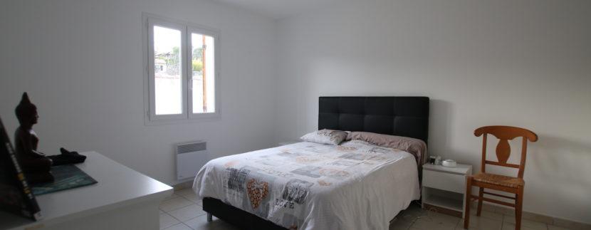 Mormoiron villa_chambre 1