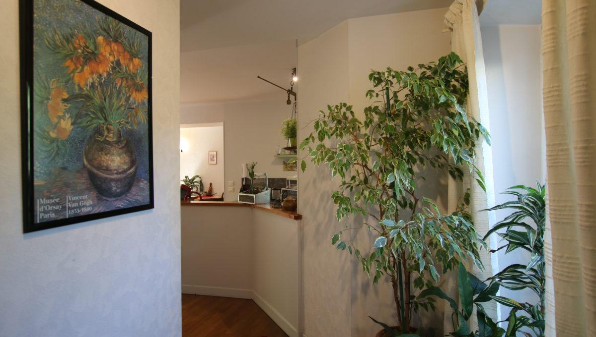 Carpentras appartement hall entrée