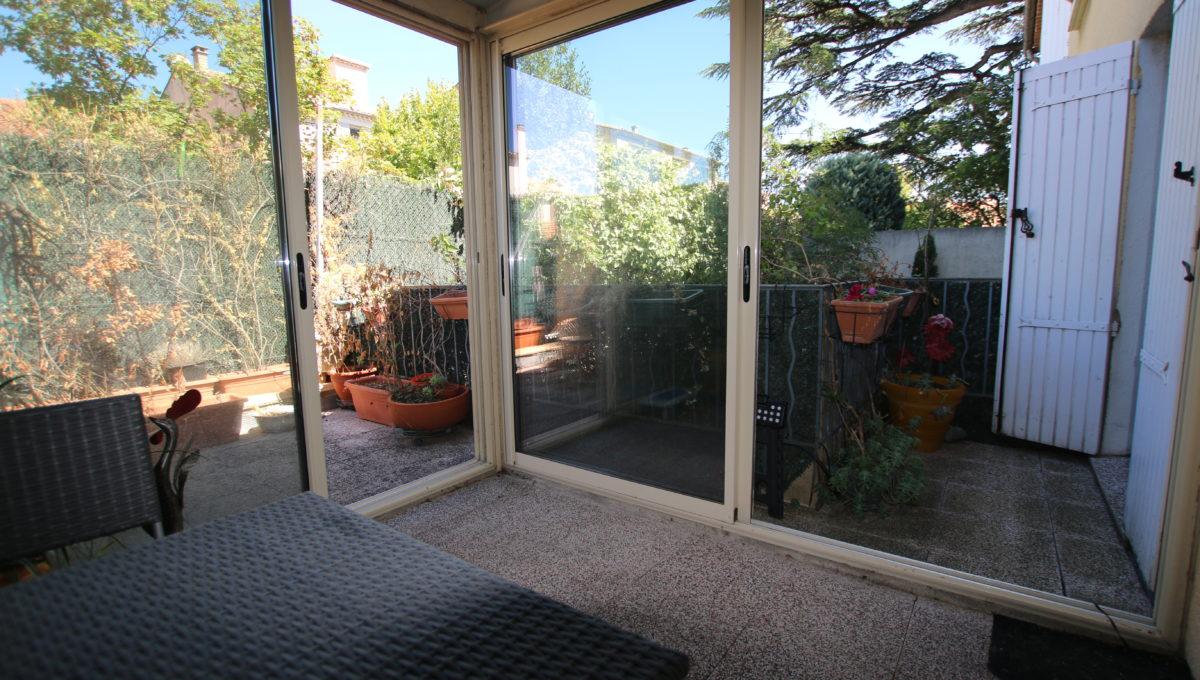 Carpentras appartement terrasse veranda