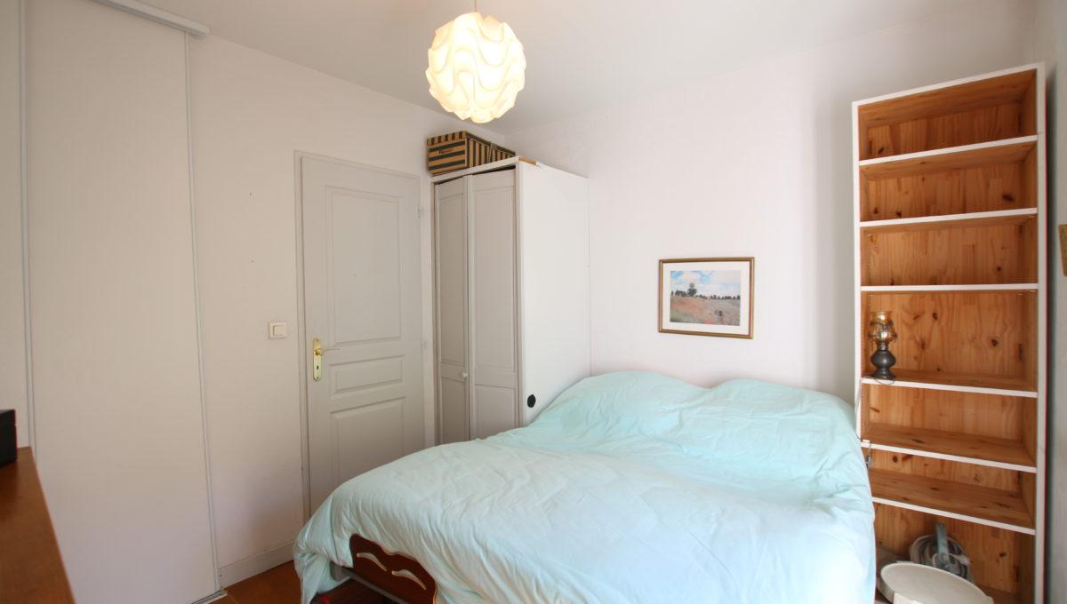 Carpentras appartement vue chambre