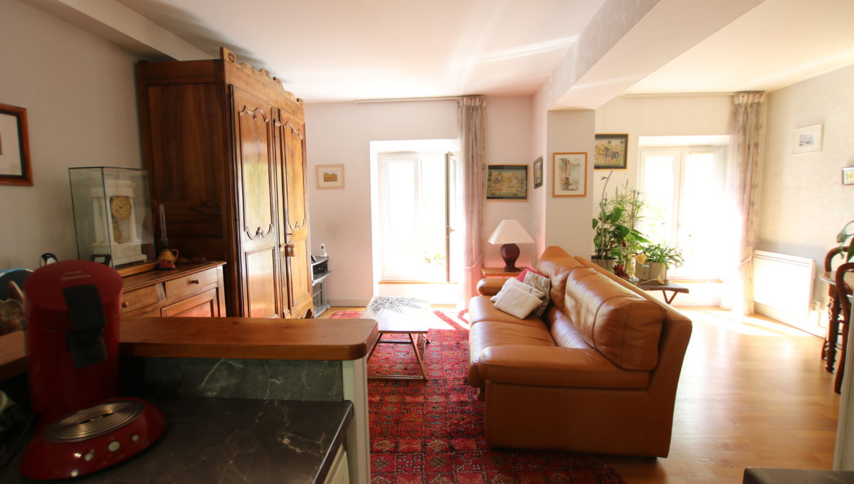 Carpentras appartement vue salon