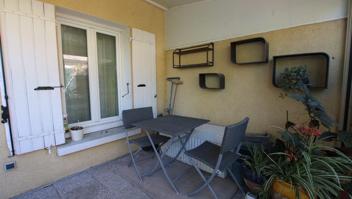 Carpentras appartement vue veranda