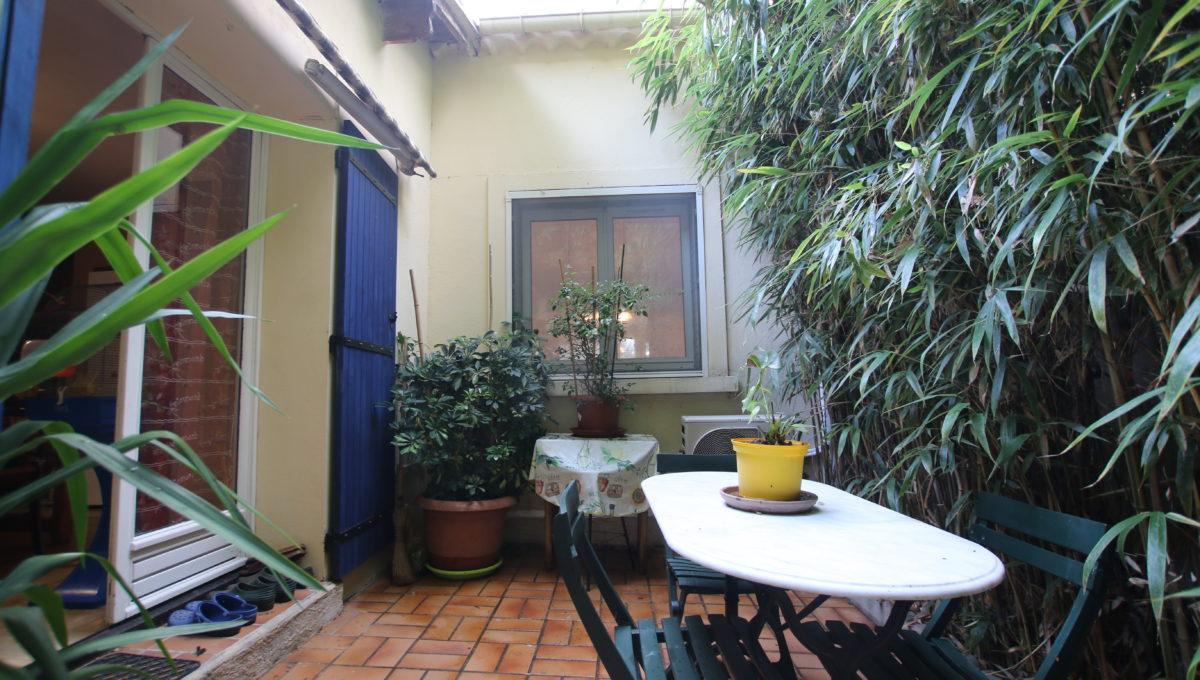 Carpentras maison avec jardin cour arrière bis