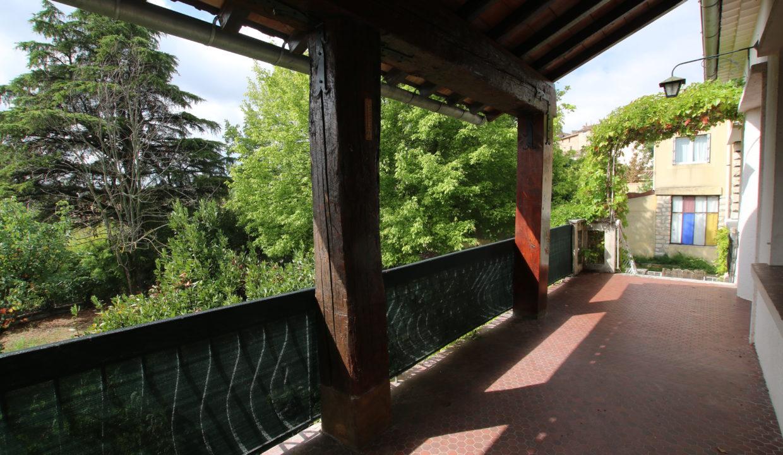 Mormoiron maison avec jardin terrasse