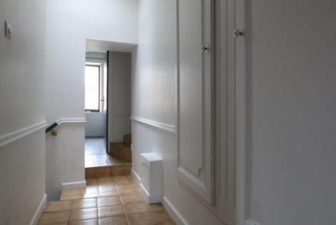 Vedene maison de village couloir